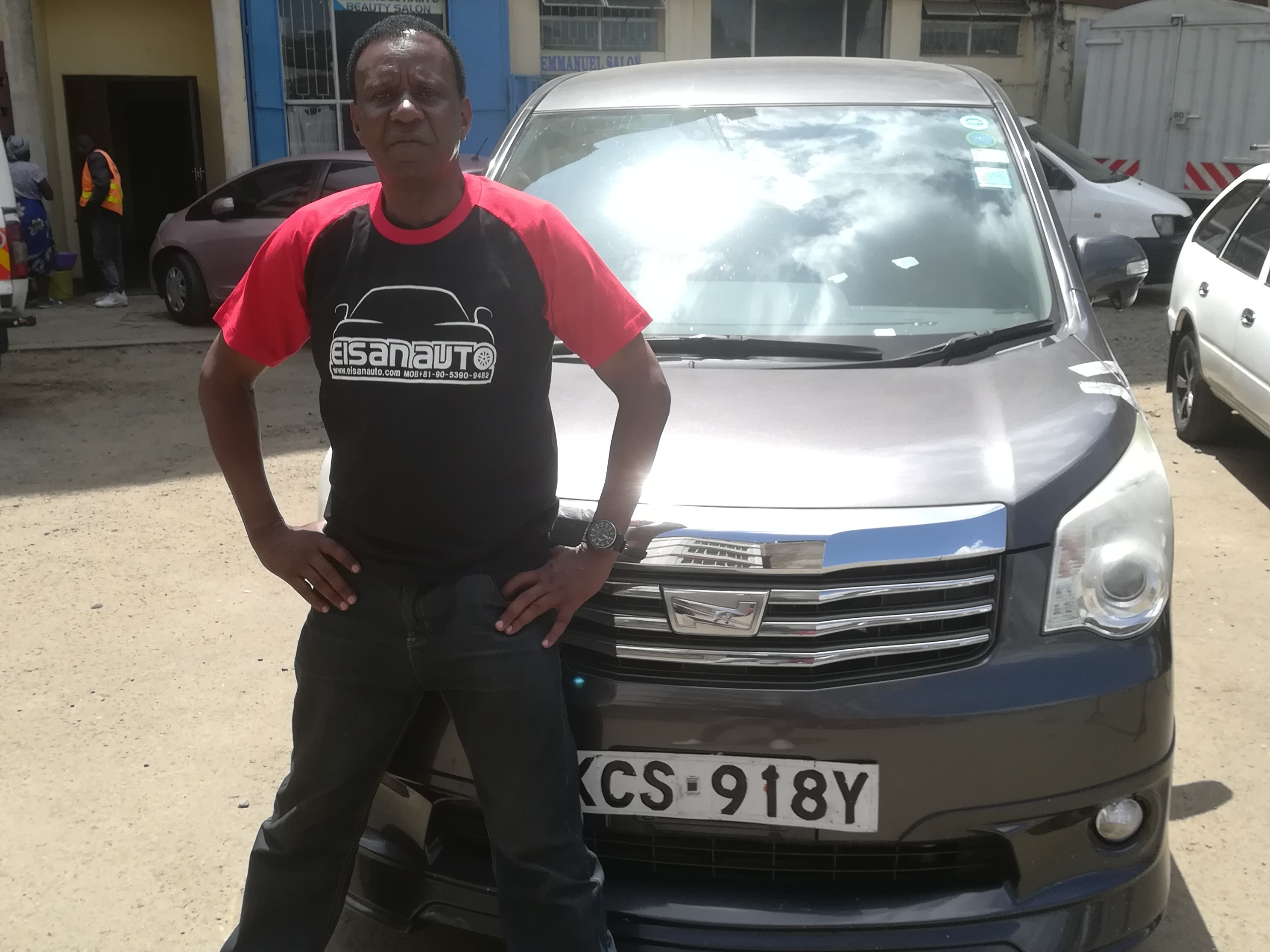 Customer who purchased a car from EISAN CO.,LTD.